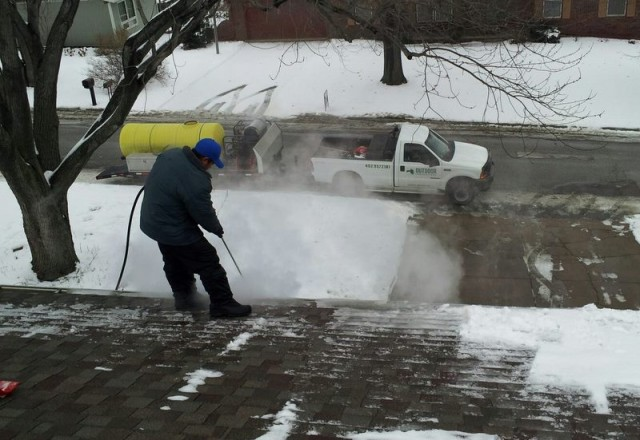 Roof Ice Dam Removal Omaha Nebraska