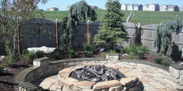 Fireplaces and firepits omaha landscape design for Landscape design omaha